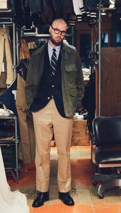 Mens Fashion Suits, Mens Suits, American Casual, Ivy Style, Cool Outfits, Fashion Outfits, Field Jacket, Preppy Style, Men Looks