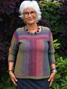 Kvinder Arkiv - Conraddesign Mens Fashion Sweaters, Sweater Fashion, Sweaters For Women, Creative Knitting, Easy Knitting, Baby Knitting Patterns, Knitting Designs, Crochet Blouse, Knit Crochet