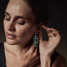 Going for glitter? Put on our Bucherer Fine Jewellery ear studs in 18 carat white gold with Paraíba tourmalines. Fine Jewelry, Jewellery, Ear Studs, Munich, Put On, Turquoise Necklace, Diamonds, White Gold, Glitter