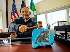 "We love this picture posted to Mayor Cannon's twitter account reminding everyone about Fan Friday tomorrow. ""#KeepPounding, Charlotte & show your home team pride on Fan Day; wear your @Josh Lam Swafford gear or all black. #BlackFriday"""