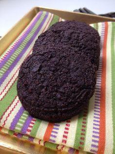 lenmagos bsokoládés keksz Chips, Lime, Low Carb, Gluten, Snacks, Cookies, Food, Low Carb Recipes, Crack Crackers