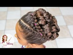 Wavy Chignon - 40 Chic Chignon Buns That Bring the Class into Formal and Casual Looks - The Trending Hairstyle Little Girl Updo, Little Girl Hairstyles, Elegant Hairstyles, Braided Hairstyles, Cool Hairstyles, Updos Hairstyle, Messy Fishtail Braids, Communion Hairstyles, Girls Updo