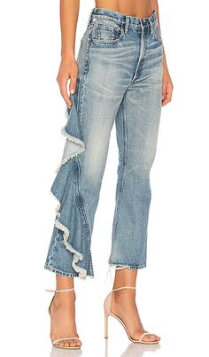 online shopping for Citizens Humanity Estella Side Ruffle from top store. See new offer for Citizens Humanity Estella Side Ruffle All Jeans, Love Jeans, Jeans Style, Patched Jeans, Jeans Denim, Denim Fashion, Fashion Pants, Jeans Recycling, Boho Outfits