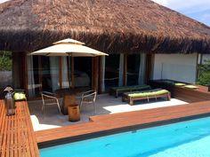 Belissima casa de luxo com 3 suítes à venda em Praia do Forte, Bahia, Brasil.