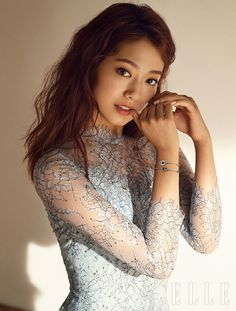 Park Shin Hye models jewelry for the August version of Elle, check it out! Source  |  Naver