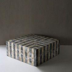 TOP ZEBRA pillar cracked raw black tab shell and cracked raw MOP. #Cravt #DKhome #Craftsmanship #Living #Tables #Furniture #Luxuryfurniture