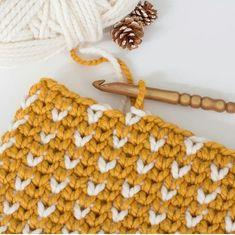 Ömür dediğin iki namaz arasında geçer. Birinin sonrasında diğerinin öncesindeyiz her daim.. H a y ı r l ı S a b a h l a r 🌹 . 💕 @hopefulhoney 👈🌼🍃#crochet #crocheting #orgumodasi #evim #evimgüzelevim #instahome #lifestyle #myhome #homes #dekorasyon #örgü #örgümodelleri #örgümüseviyorum #pinterest #kırlent #severekörüyorum #bukisbattaniyenikendinor #battaniye #alize #elemegi #hobi #fotografheryerde #yarn #nako #tags4likes #zibaru #keşfet #takip #amigurumi #begen