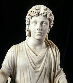 Cristo docente; IV secolo d.C.; marmo greco; Civita Lavinia, Roma; Museo Nazionale Romano, Palazzo Massimo alle Terme, Roma.