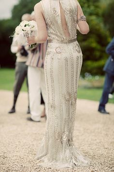 Jenny Packham & The Roaring 20′s · Rock n Roll Bride :|: Misha: a vintage inspired look - Old Hollywood glamour trending towards 30's style with beading.
