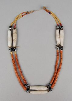 Burma (Mynamar).  Necklace (with beads) made of stone, glass, shell, wood, fibre (vegetable).