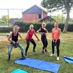 This was last weeks' bootcamp. Power girls 💪🏻 Want to try bootcamp too? Come join us tonight at 19:00h at Pop-up bar Herent for free!! In the middle of August we have new classes on Thursday. 🏋🏼♀️💪🏻 #happylife #goodlife #allezlesfilles #alfit #sports #stronggirls #strongisthenewskinny #fit #fitgirls #fitspiration #crossfit #crossfitgirls  #crossfitgirlsbelgium #ilovecrossfit #health #healthy #healthspiration #healthyfood #girlswholift #gymlife #fitdutchies #fitbelgian #belgianblogger