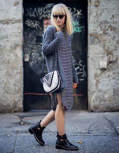 vestido + casaco + bota