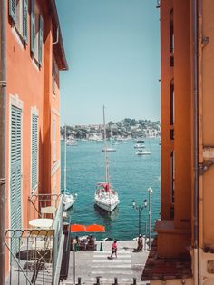 nice france dvsn Traveling through fabulous and unusual countries. A vivid journey through countries with extraordinary architecture. Nice, South Of France, Oh The Places You'll Go, Places To Travel, Travel Destinations, Nice Riviera, French Riviera, Moustiers Sainte Marie, Travel Tips