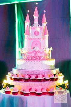 Vryzyse's Royal Ball – Cake