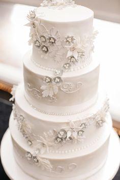 White traditional wedding cake   Astra Bride Natasha   Glamourous family wedding inspiration   Wedding dress by Maggie Sottero from Astra Bridal    www.borrowedandblue.kiwi
