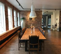 Metallijalkainen kahdella lankulla koossa 320x115cm Conference Room, Modern, Table, Furniture, Home Decor, Homemade Home Decor, Meeting Rooms, Mesas, Home Furnishings
