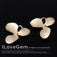 SALE / 20pcs / NP-799 Matt.Gold-plated L-Size 3 petal por ilovegem