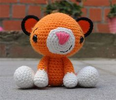 tony tiger FREE pattern, this is so kind and sweet, thanks so for sharing xox.