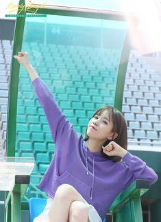 나는야 이 경기장을 지배하는 지배자 박명은이닷 언제나 함께할게, Lovelyz Day : 네이버 포스트 South Korean Girls, Korean Girl Groups, Woollim Entertainment, Kpop, Disney Princess, Disney Characters, Tennis, Wallpapers, Wallpaper