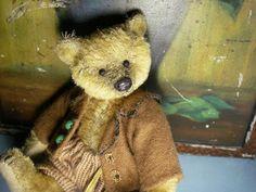 Beth's Bears by Elizabeth Leggat