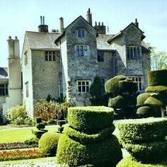 Levens Hall in Cumbria, England. Beautiful Elizabe...