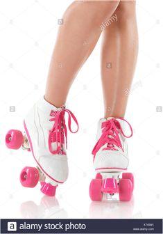 Glamorous Schlafsofa Roller In 2020 Roller Girl Derby Skates Women Wear