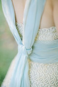 { something blue }This is pretty. I wouldn't use it on my dress though.