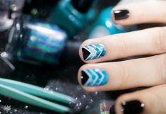 Aqua Chevron nail art idea