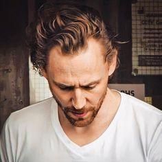 Thomas William Hiddleston, Tom Hiddleston Loki, Tom Love, Black Widow Winter Soldier, Celebrity Skin, Phil Coulson, Loki Laufeyson, Loki Thor, Clint Barton