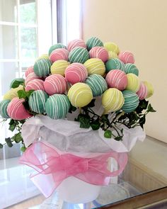Mother's Day cake pop bouquet
