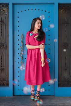 Order contact my whatsapp number 7874133176 Stylish Dresses For Girls, Stylish Dress Designs, Designs For Dresses, Indian Gowns Dresses, Modest Dresses, Simple Dresses, Simple Kurti Designs, Kurta Designs, Frock Fashion