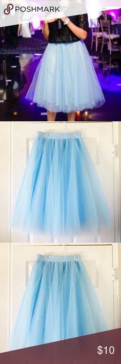 Light Blue Tulle Skirt Tulle Skirt. Only worn once, size small. Elastic waistband. Windsor Skirts Midi