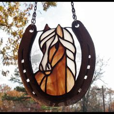 Stained Glass Splendid Light Brown Horse with Blaze and Red Background Suncatcher in Recycled Horseshoe Frame Stained Glass Ornaments, Stained Glass Suncatchers, Stained Glass Projects, Stained Glass Patterns Free, Stained Glass Designs, Stained Glass Art, Horseshoe Crafts, Horseshoe Art, Lucky Horseshoe