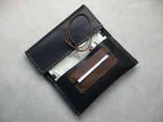 Black-Handcrafted-Sauvage-Leather-Tobacco-Pouch-Handmade-Rolling-Cigarettes-Case