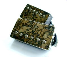 Bareknuckle Pickups - set with camo covers
