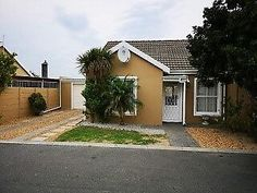 NEGOTIABLE - NEWLY RENOVATED HOUSE - STRAND - SECURITY COMPLEX