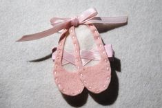 adorable felt ballet slippers hairclip