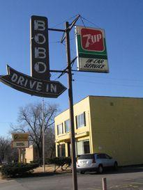 Bobo's Drive-In; Topeka, Kansas | A Hamburger Today