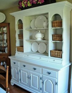 Transform an era knotty pine hutch to something more up to date with a little paint and book pages for a unique Furniture Makeover Pine Furniture, Refurbished Furniture, Repurposed Furniture, Unique Furniture, Furniture Projects, Furniture Making, Furniture Makeover, Dining Room Hutch, Room Inspiration