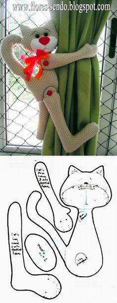 Cats Toys Ideas - Vorhanghalter Katze - gefunden auf www.modaeacessori... - Ideal toys for small cats