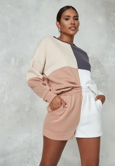 Fashion Mumblr, Sport Fashion, Fashion Outfits, Jogger Shorts, Joggers, Sporty Outfits, Cute Outfits, Winter Outfits, Summer Outfits