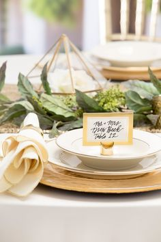 Create The Wedding Of Your Dreams With Diy Components From David Tutera And Michaels