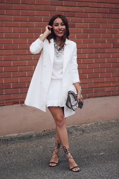How to wear white after Labor Day! We are crushing on this boho dress + blazer combo. #whitedress #weartowork