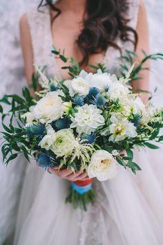 Indigo blue and copper wedding bouquet Bouquet Bleu, Navy Bouquet, Bridal Bouquet Blue, Blue Wedding Flowers, White Wedding Bouquets, Bride Bouquets, Flower Bouquet Wedding, Floral Wedding, Green Wedding