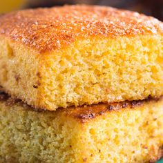 Blue Ribbon Corn Bread - Recipe adapted from Eric and Bruce Bromberg, Blue Ribbon Beer Garden, New York City Cannelloni, Good Food, Yummy Food, Cracker, Sandwiches, Bread Rolls, Quick Bread, Sweet Bread, Corn Bread
