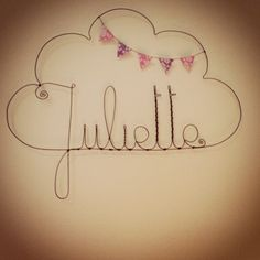 Made with wire. Wire Crafts, Fun Crafts, Diy And Crafts, Dit Gifts, Deco Kids, Bunting Banner, Wire Art, Diy For Kids, Just In Case