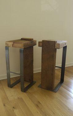 Partir de bois récupéré et fait à la main, tabouret de Bar en métal. Décor de cuisine. Meubles uniques.