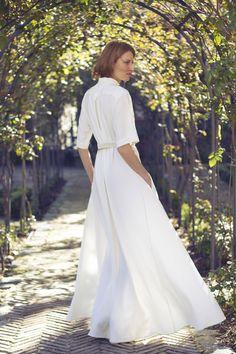 """Vestido de novia camisero · Colección """"novias"""" de Moisés Nieto · Fotografía, Geraldine Leloutre #vestidosdenovia #weddingdresses #tendenciasdebodas"""
