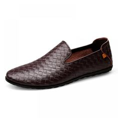 Man Shoes, Mens Fashion Shoes, Types Of Shoes, Cow Leather, Italian Leather, Moccasins, Loafers Men, Leather Sandals, Braid