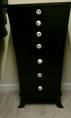 Jack dresser